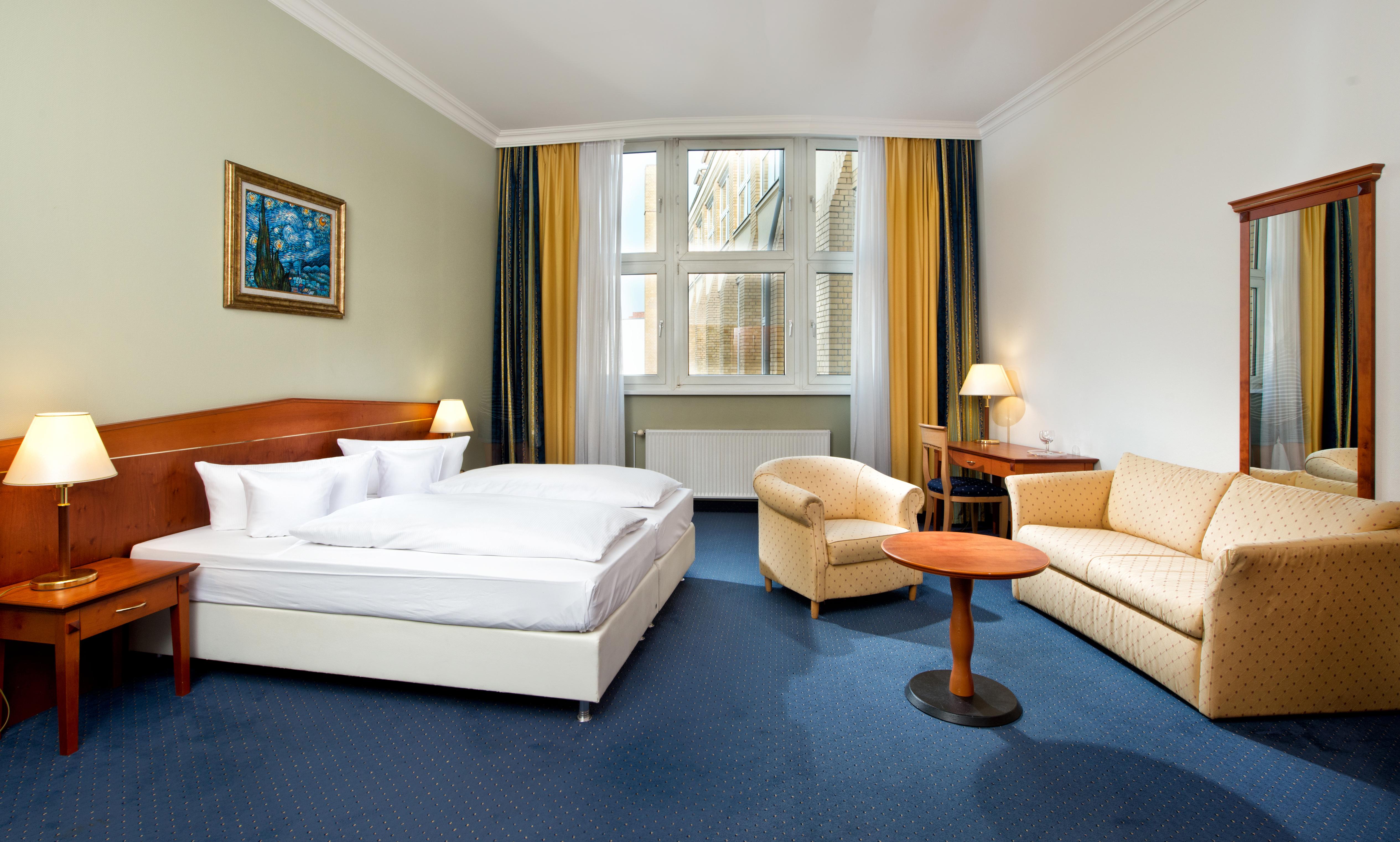 Hotelzimmer berlin mitte wyndham garden berlin mitte hotel for Zimmer berlin